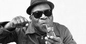 Barrence Whitfield-press photo_web